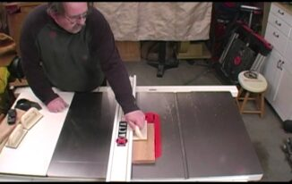 What is Table Saw Kickback and How to Prevent It from Happening