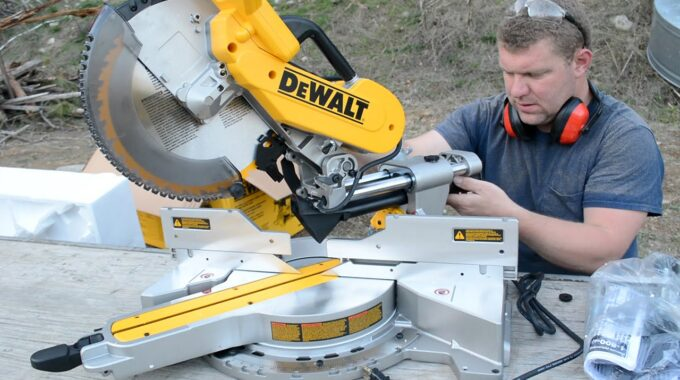 Top 5 best miter saw review