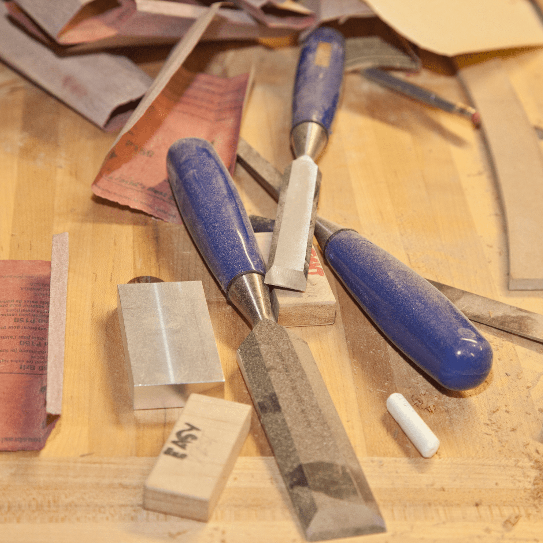 Choosing right tools for eco-friendly woodworking projects